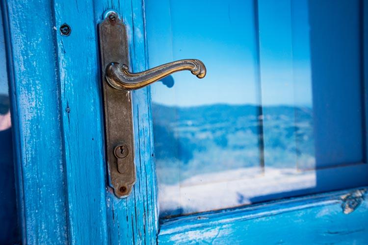 Wer träumt nicht davon: Ein Häusle auf Sardinien