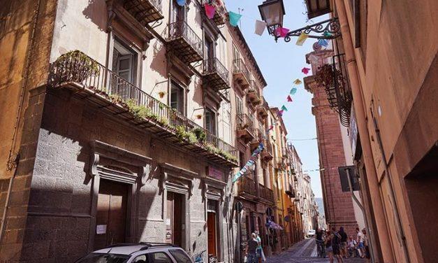 Bosa – Stadtbesuch auf Sardinien