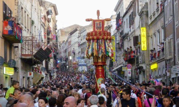 Die Faradda di li Candareri – Lebendige Tradition in Sassari